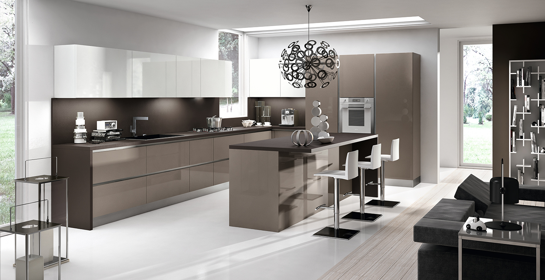 Cuisine contemporaine de marque Home cucine laquée brillant et plan de travail en Dekton