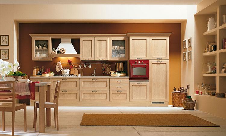Cuisine traditionelle de marque Home cuisines en massif et plan de travail en marbre
